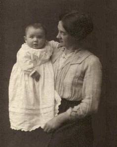 baby iand mother 1920