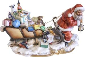 santa pulls sleigh